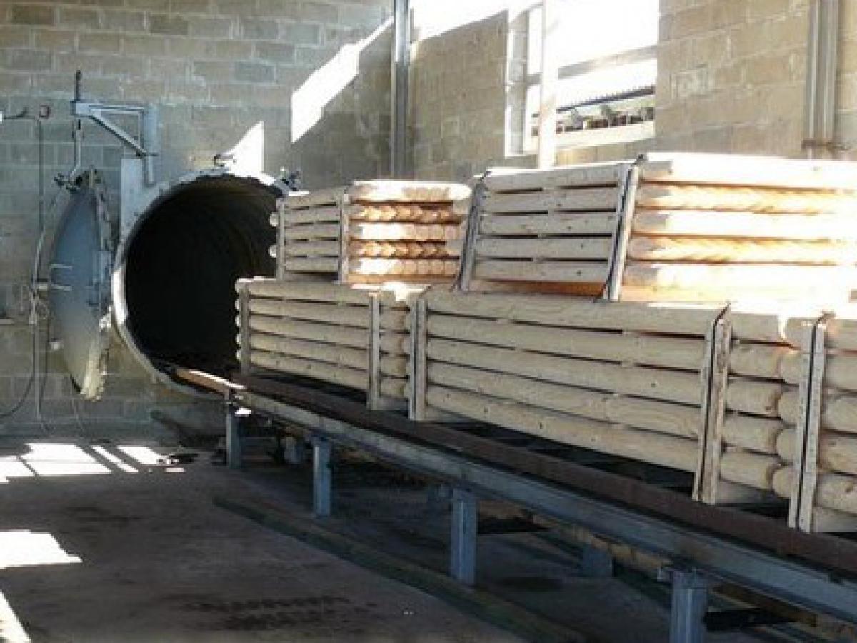 traitements du bois les bois de la montagne noire. Black Bedroom Furniture Sets. Home Design Ideas